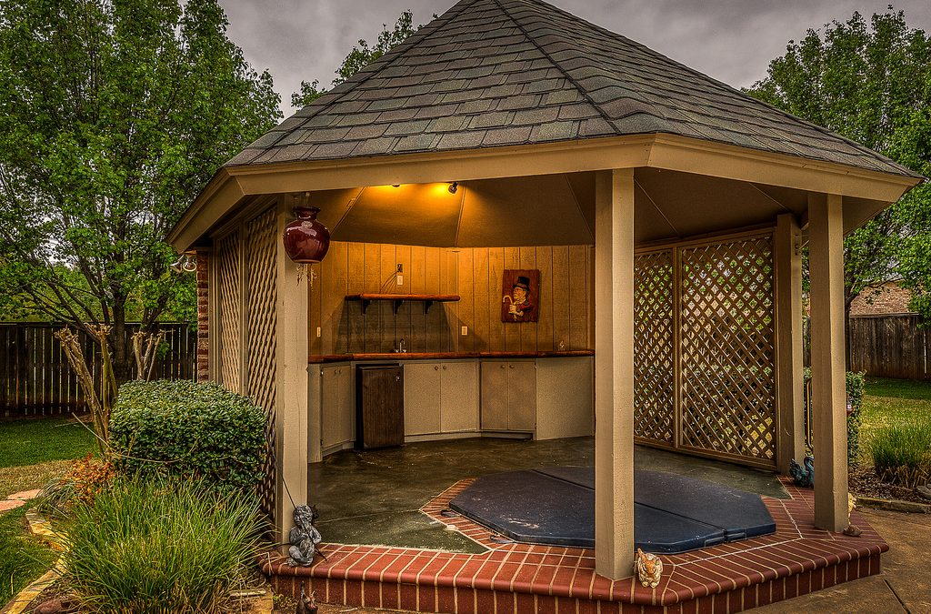 Gazebo Hot Tubs Relaxing In Style Outsiders Within